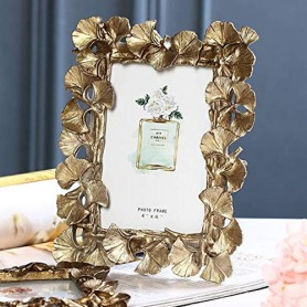 Ginkgo Biloba leaf gold photo frame