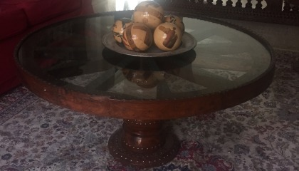 1 wooden round coffee table & 1 matching side table for sale