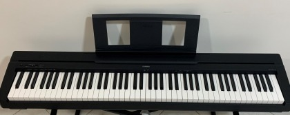 NEW YAMAHA P-45 B DIGITAL PIANO