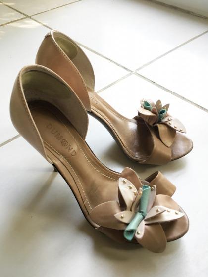 Dumond Tan Leather Heels